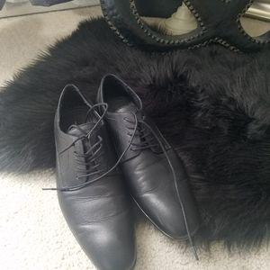 Marc Anthony men's black dress shoe